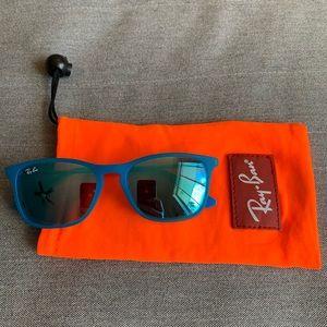 "Junior/kids Blue ""Chris"" Ray-Ban Sunglasses"